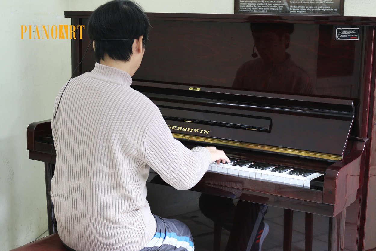 HÃY XEM THẬT KĨ NHỮNG VIDEO SAU ĐÂY TRƯỚC KHI BẮT ĐẦU CHƠI ĐÀN PIANO