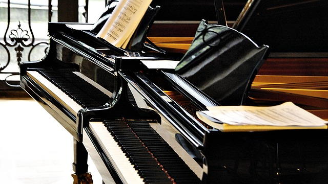 ĐÁNG ĐỌC: GIẢI ĐÁP 6 CÂU HỎI THƯỜNG GẶP KHI CHỌN MUA ĐÀN PIANO